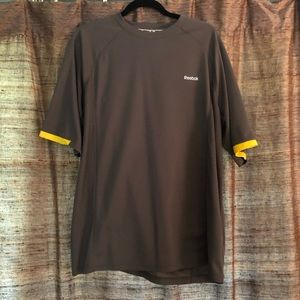 Men's Reebok T-shirt - XL